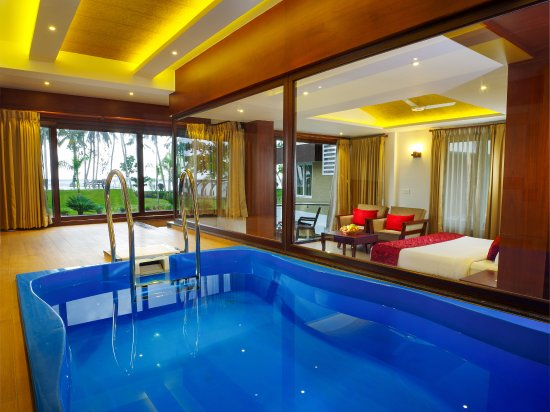 Honeymoon with tree house & pool villa